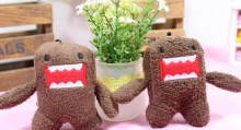 100pcs bulk wholesale Bigger SIZE 7*5CM DOMO Plush Stuffed TOY Dolls ;  String Rope Chain TOY