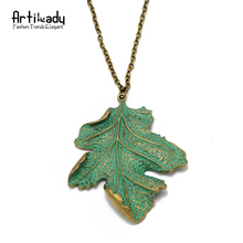 Artilady fashion green leaf pendant necklace antic gold color zinc alloy leaf pendant necklace for women jewelry party gift