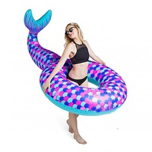2017 Summer Inflatable Swimming Float Mermaid Pool Float for Gril Vaction Gift Air Matters Water Party Supply Swimming Ring