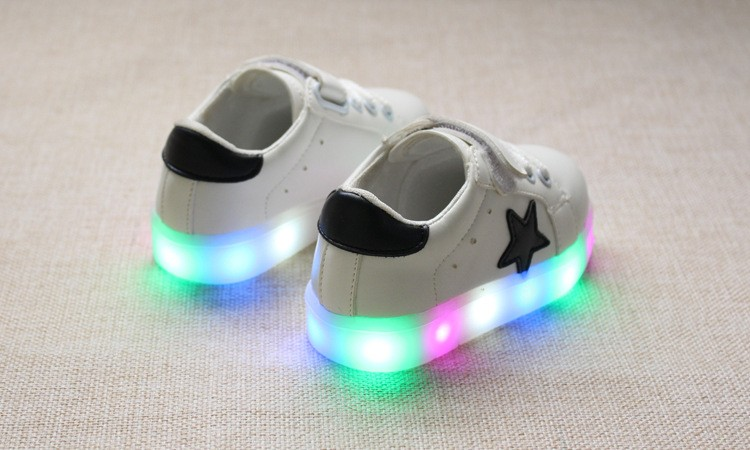 New 17 Cool LED lighted fashion new brand breathable children shoes cute little baby girls boys shoes kids sneakers 6