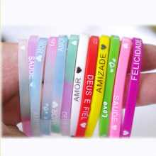 2015 fashion Glow gum for bracelets weaving elastics Silicone rubber band bracelet Wristband for women Hand ring rope accesories