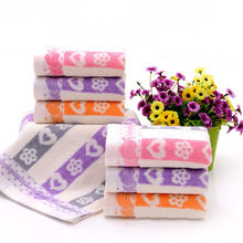 Lightweight soft and durable Cotton Heart Face Towel Jacquard Weave Design Bath Beach Absorbent Drying Cloth