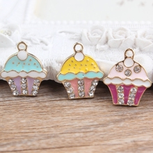 Mini Order 10PCS Enamel Food Cup Cake Jewelry Charms Gold Tone Plated Metal Alloy Bracelet Necklace Keyring Metal Pendant Charm