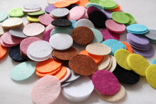 DIY 5CM Felt circle Round fabric pads accessory, fabric flower accessories for hair flower 300PCS(China)