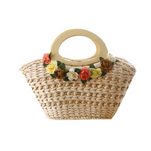 Round Wood Handle Summer Straw Beach Bags Flower Designer Country Style Lovely Bag Women Handbags Shopper Bag Travel Totes L240