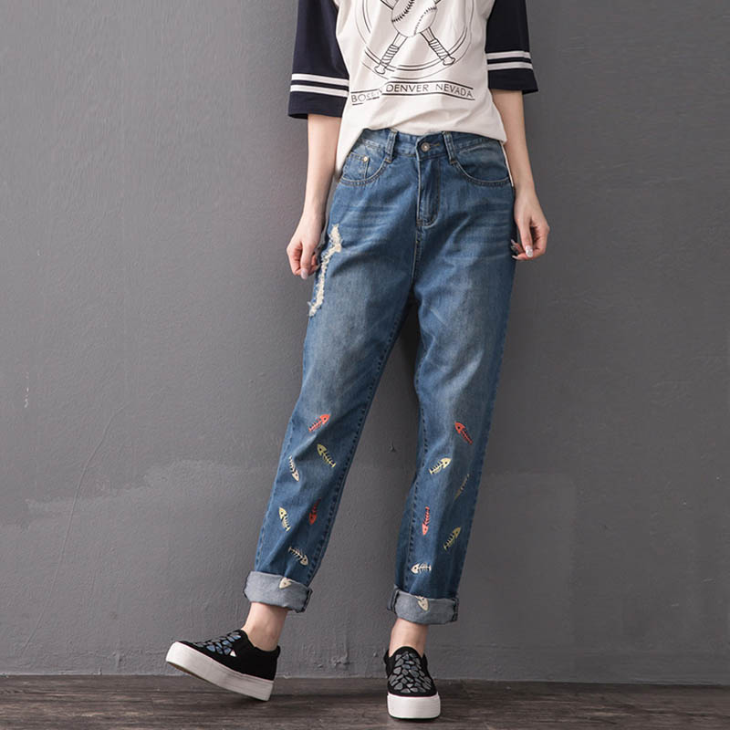Fashion Embroidery Loose Denim Jeans Women Trousers Plus Size 5XL Ripped Jeans Blue MYNZ24Одежда и ак�е��уары<br><br><br>Aliexpress