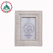 inhoo Decor 6 inch Fashion Vintage Wooden Photo Frame Desktop Picture Frame Album Europe Retro Ornaments Home Decoration Craft(China)