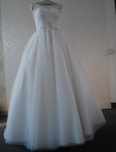 High Quality Free Shipping A Line Court Train Wedding Dresses Luxury Pearls Zipper Back Design Bridal Gown Custom Size