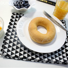 DUNXDECO 1PC 50x60cm Nordic Modern Simple Black Grey Triangle Cotton Table Placemat Store Home Napkin Table Mats Photo Prop