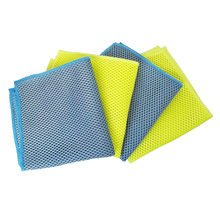 4 Pieces Value Pack Bug and Grill Scrubbing Cloth Large High Performance Microfiber Mesh Openings Blue&Yellow Color Avaliable
