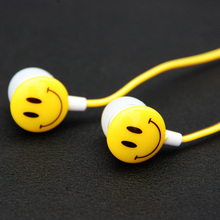 Hot Sale Portable Mini Earphones 3.5mm Jack In Ear Smile Face Cartoon Earphones For PC Phones Sports Running Colorful Earphone