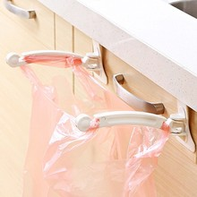 1pc Kitchen Garbage Bags Clips Cupboard Cabinet Door Tailgate Stand Garbage Bags Hanging Rack Hooks Home Kitchen Bag Clip