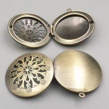 10pcs 32mm 5 Style U choose DIY zakka Antique Bronze Photo Frame Charms Pendant European style Prayer Craft Locket Box(China)