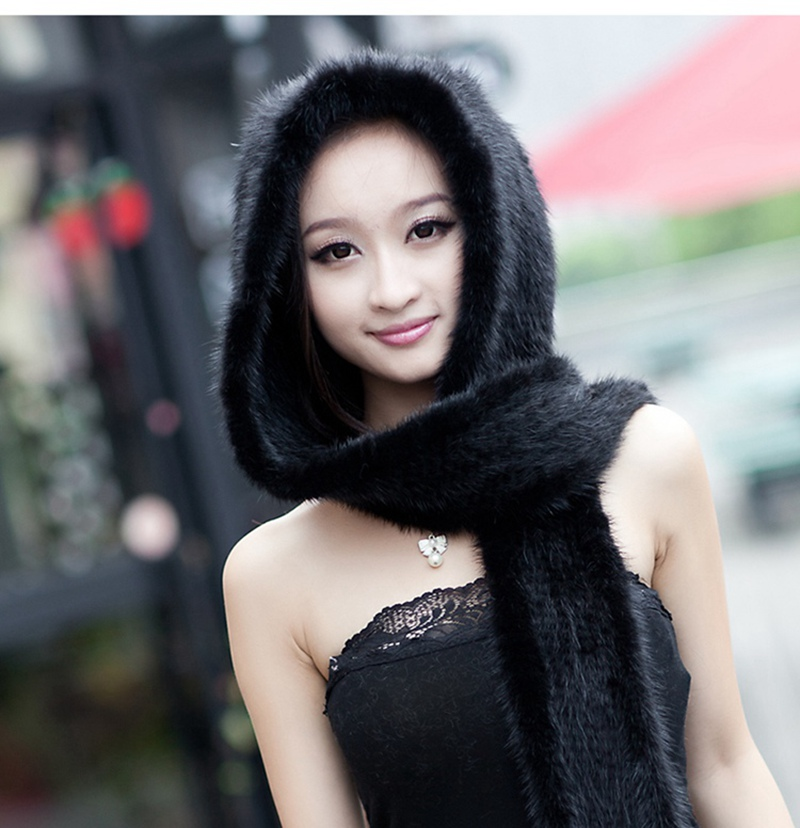 knitted mink fur scarf and hoody with tassels (4)