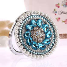 Engrave words free,bling rhinestone crystal flower,Mini Beauty pocket mirror makeup,wedding party gifts ,makeup compact mirror(China)
