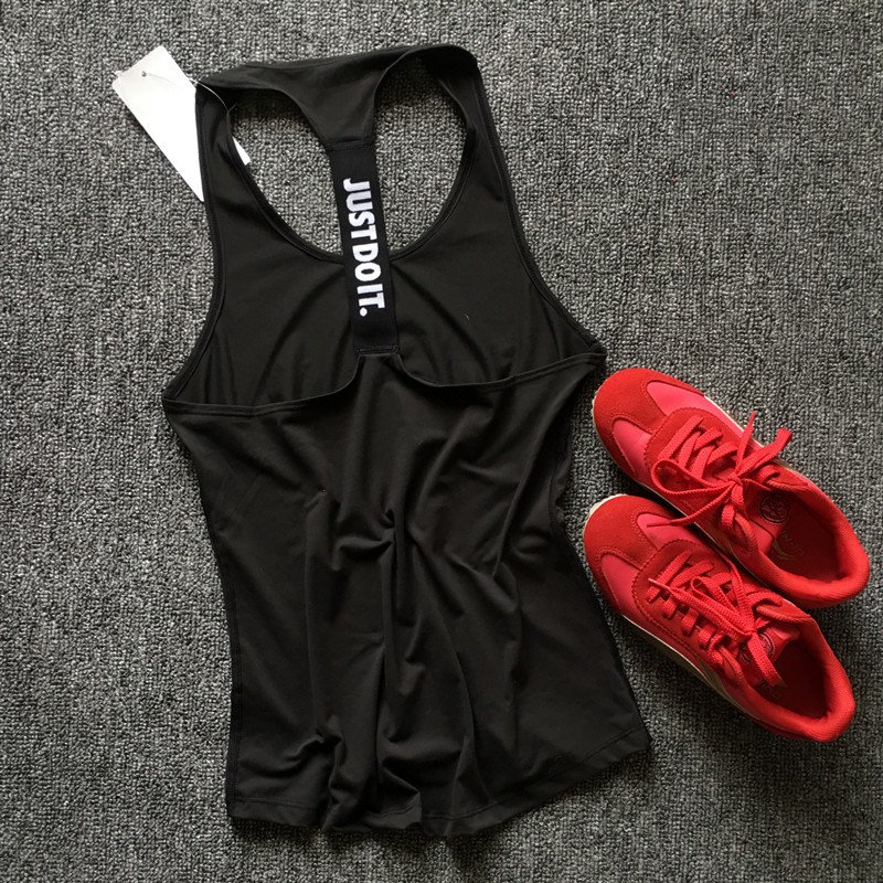 Sleeveless Women's Top for Fitness and Workout