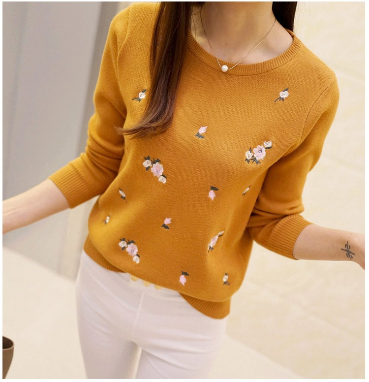 S-3XL New Youth Women's Sweater Autumn Winter 17 Fashion Elegant Peach Embroidery Slim Girl's Knitted Pullover Tops Female 14