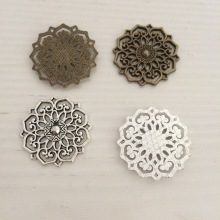 31MM alloy Charm Pendants hollow flower disc Antique Bronze ancient silver pendant jewelry Making accessories diy material(China)