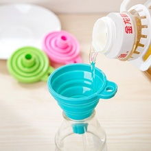 High Quality 1pc New Mini Silicone Gel Foldable Collapsible Style Funnel Hopper Kitchen cooking tools outdoor