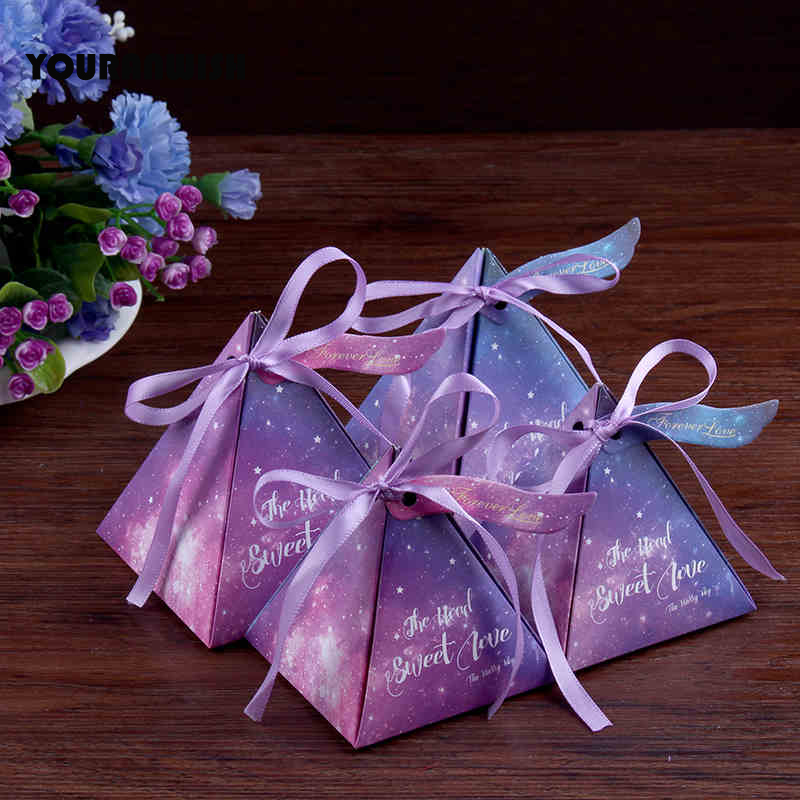 YOURANWISH 100pcs Blue and purple Starry sky wedding candy boxes favors packaging for guests party decoration supplies Pyramid(China)