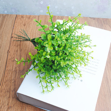 1 x Artificial Mini Plastic Plant Eucalyptus Grass 5 Branches for Home Wedding Decoration Green