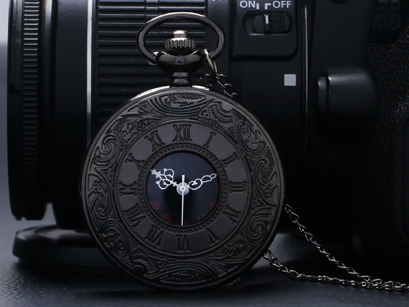 Retro Roman Number Quartz Steampunk Pocket Watch Fashion Necklace Carving Engraved Fob Clock Man Women Pendant Souvenir Top Gift 2018 (1)