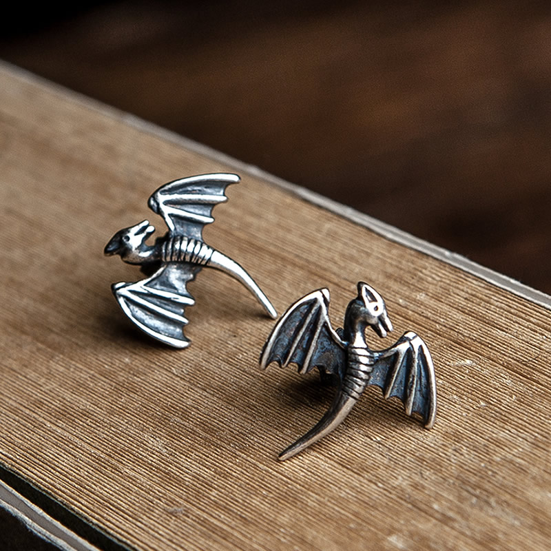 Pteranodon™ 925 Sterling Silver Flying Dinosaur Stud Earrings