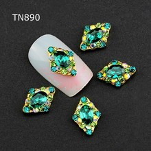 3d Nail Art Decorations,10pcs Glitter Green Rhinestones Alloy Nail Sticker Charms Jewelry for Nail Polish Tools Accessories Gift