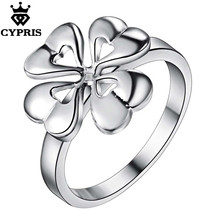LOVE 2017 Promotion silver cute Ring Fashion plant Ring Four Leaves Clover flower plant Women gift on wedding lover's xmas day(China)