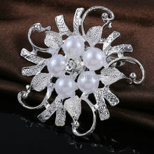 1 Pc New Arrival Wholesale Rhinestone Glitter Crystal Wedding Bridal Brooches Bouquet Silver Flower Faux Pearl Brooch Pins