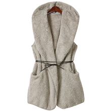 A large number of delivery! New product brand temperament lambs wool elaborate waistcoat with cap to send belt LJA121