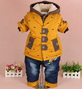 new 2017 winter baby boy cotton-padded thicken warm fleece inside clothing sets 2pcs coat jeans kids clothes sets <br>