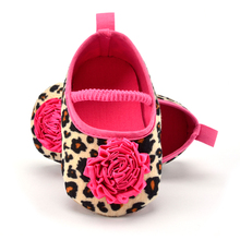 New Born Shallow Baby Infant Girls Shoes Soft Bottom Fashion Leopard With Rose Flower Toddler Cotton Moccasin(China)