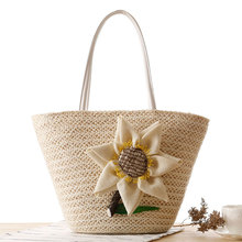 Summer Designer Lovely Sunflower Straw Bucket Bag Woven Straw Tote Bag Summer Beach Bag Causal Holiday Bag For Women Girls