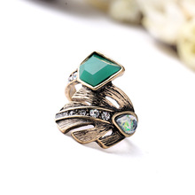 Hot New Product 2015 High Quality Fashion Women Accessories Designer Jewelry Antique Gold Plating Dazzling Metal Palm Wrap Rings