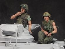 Unpainted Kit  1/ 35 US Tanker Vietnam War Set  include 2 soldiers  figure Historical WWII Figure Resin  Kit Free Shipping