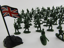 100pcs/lot Classic War Games Props Mini Military Army Plastic Model Toys Best Gift for Kids Model Action Figures