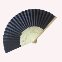 50Pcs Personalized Black Paper Folding Hand Fan For Wedding Favor And Gift For Guests Customized Wedding Fan Bamboo+Organza Bag