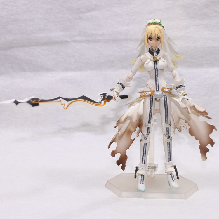 2015 New Brinquedos Anime Fate Stay Night Saber Lily Excalibur Action Figure Model Collection Figure Toys 14CM Free Shipping<br>