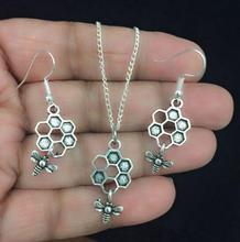 New Vintage Beautiful Queen Bee with Beehive Antique Silver Charm Earring & Pendant Necklace Set  Gift 5 Set/lot