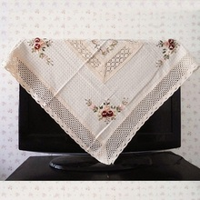Hot Sale Cotton / Linen Elegant Crocheted Tablecloths Floral Ribbon Embroidery Table Cloth Topper Covers