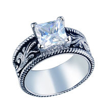 New 1.5 Carats Solitaire Pricess Cut CZ Solid 925 Sterling Silver Wedding Ring Engraved Flower Classic Design Jewelry For Women