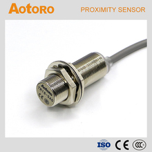 TR18-5AO cylinder sensor with China manufacturing M18 electric transducer