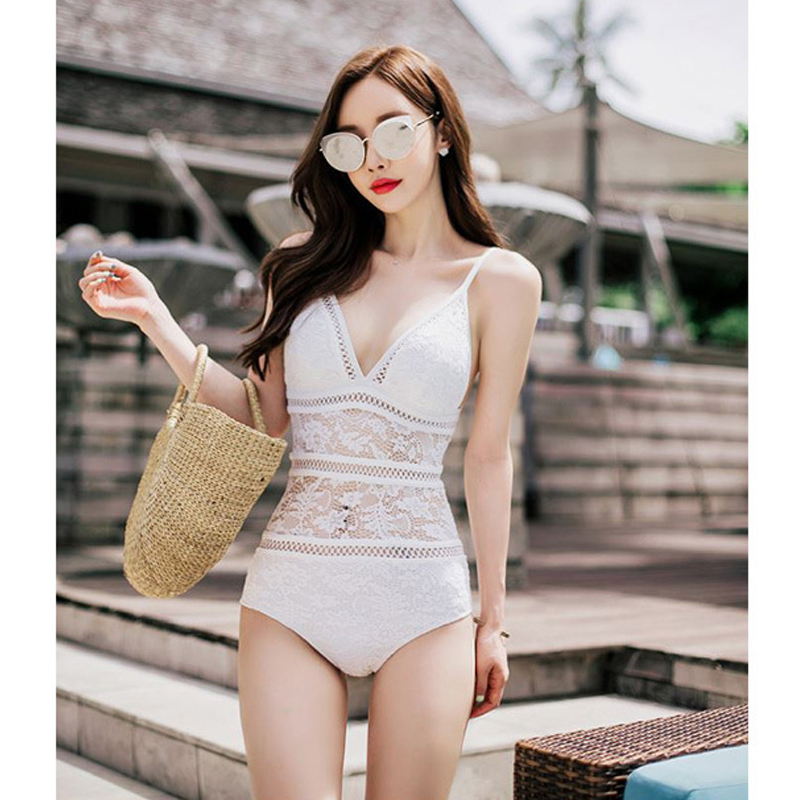 Korean style new white and black hollow lace splicing straps exposed back one-piece swimsuit female sexy solid color bikini<br>