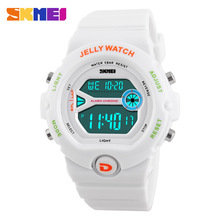 2017 SKMEI Sport Womens Watches Led Digital clock Alarm Date Chronograph Watch Fashion Casual Students Female Wristwatches Watch