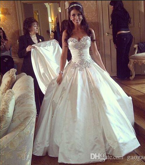 Royal Luxury Кристалл Бисера Пнина Свадебные Платья Милая Бальное платье Спинки Часовня Поезд Свадебное Платье Дешевые(China (Mainland))