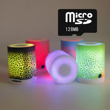 2016 New Fashion Portable Sports Mini MP3 Music Player Campaign Built-in Speaker with 128mb Card