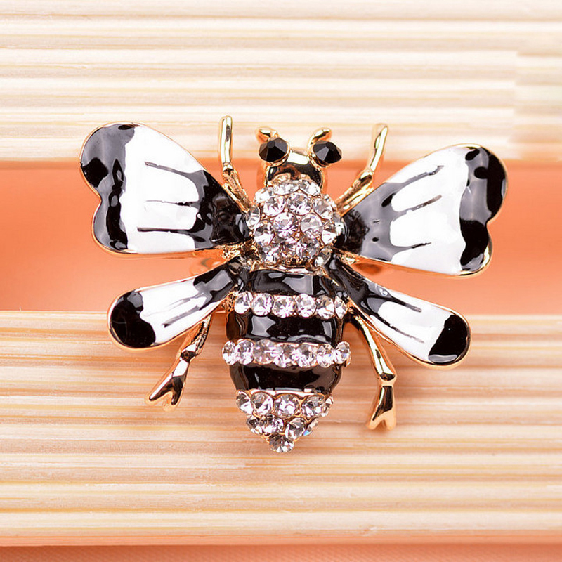 rhinestone bee brooches 3