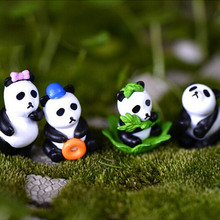 Cute 4pcs Mini Cartoon Panda Figurine Resin Craft Miniature Garden Decor Resin cabochons terrarium accessories artesanato resin