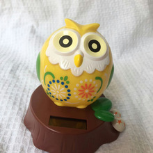 Free Shipping Pvc Retail Package  Swing Ceaselessly Under Full Light Solar  Novelty Toy And  Gift  Solar Powered Owl Doll